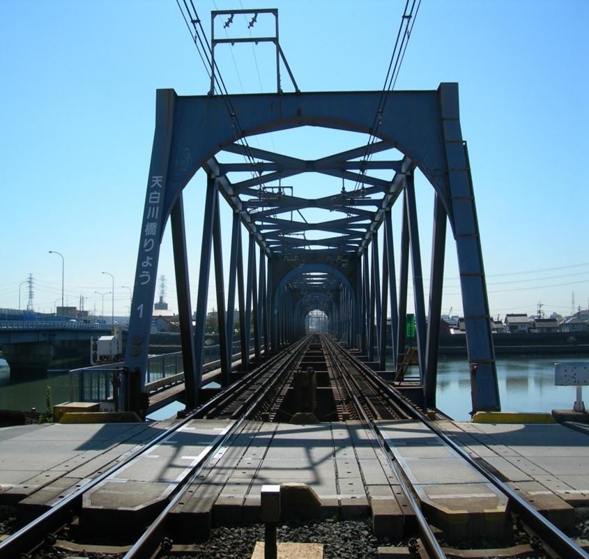 常滑線 (柴田~名和駅間)天白川橋梁橋桁(B1)