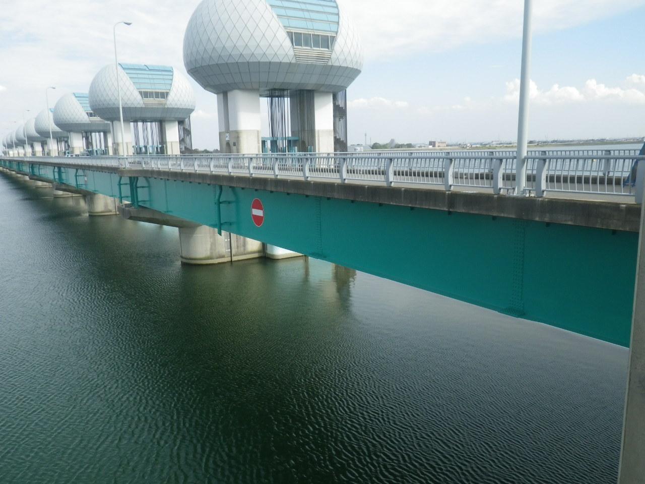 管理橋(P10~A2)塗替塗装工事