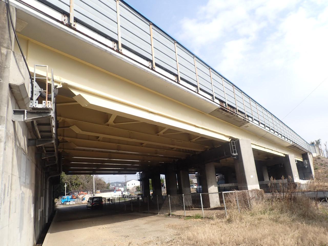 東名高速道路 金ヶ口高架橋塗替塗装工事